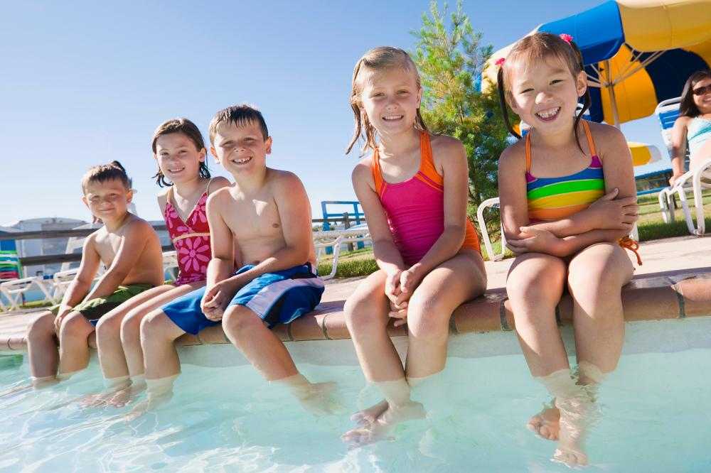 Sonstiges: Kinderbetreuung am Pool