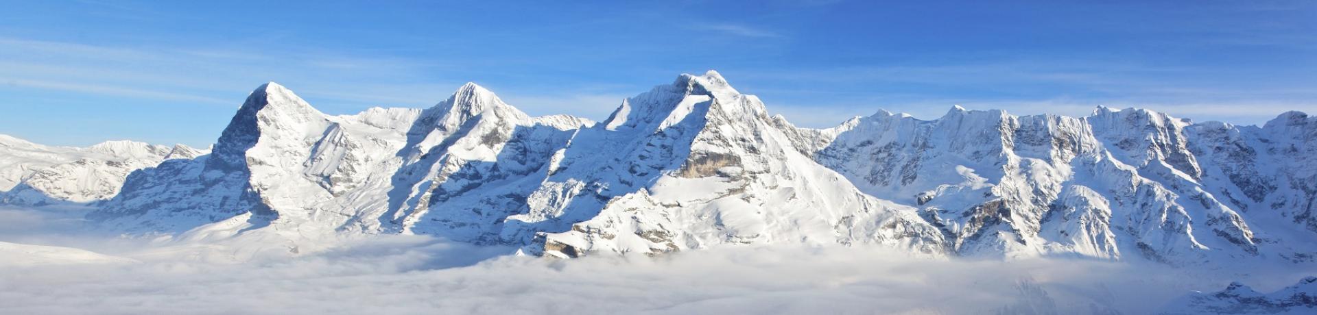 Alpen: Berge mit Schnee