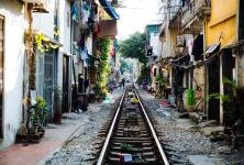 Train_Street_Hanoi_Vietnam