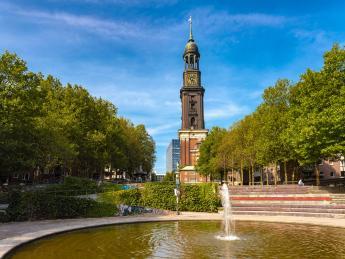 8419+Deutschland+Hamburg+Kirche_St._Michaelis+GI-1166412408