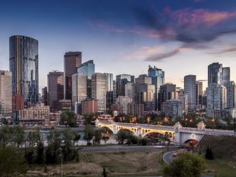 6210+Kanada+Calgary+TS_480998677