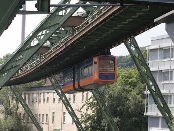 7981+Deutschland+Wuppertal+TS_179251412