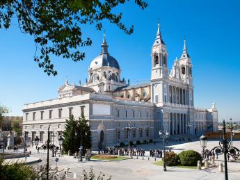 Almudena-Kathedrale - Madrid