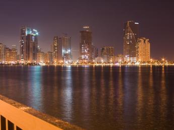 5221+Vereinigte_Arabische_Emirate+Sharjah_Khorfakkan+TS_92192471