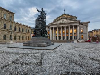 Maximiliansplatz - München