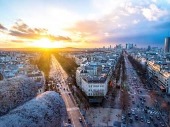 5451+Frankreich+Paris+Arc_de_Triopmhe+GI-800420608