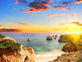 648+Portugal+Algarve+Lagos+Rocky_Strand+GI-599239804