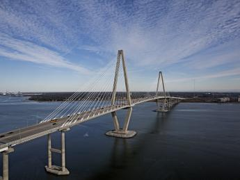 9882+USA+Charleston+Ravenell_Bridge+GI-699103275