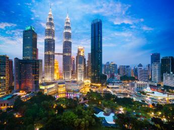 4856+Malaysia+Kuala_Lumpur+Petronas_Towers+GI-925239884