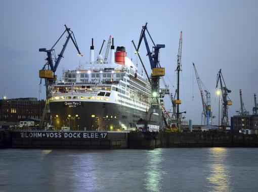 Queen Mary 2 - Hamburg