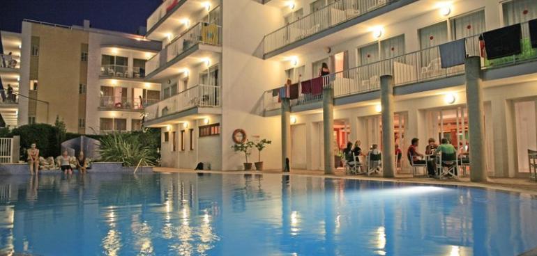 Hotel Bella Mar in Cala Ratjada (Mallorca) buchen | CHECK24
