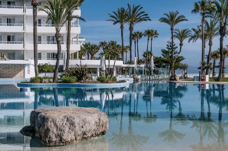 Hotel Aparthotel Esperanza Park In Playa De Muro Mallorca