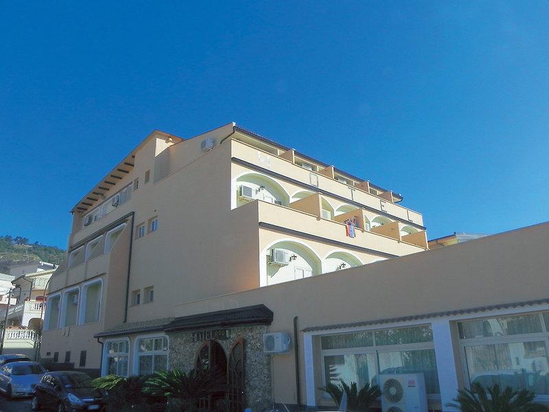 Hotel Terrazzo Sul Mare in Tropea (Kalabrien) buchen | CHECK24